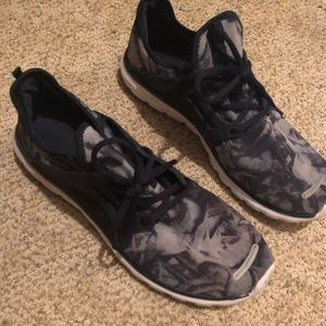 Blue Marble Pattern Running Shoes